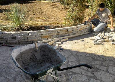 Création d'un muret en pierres
